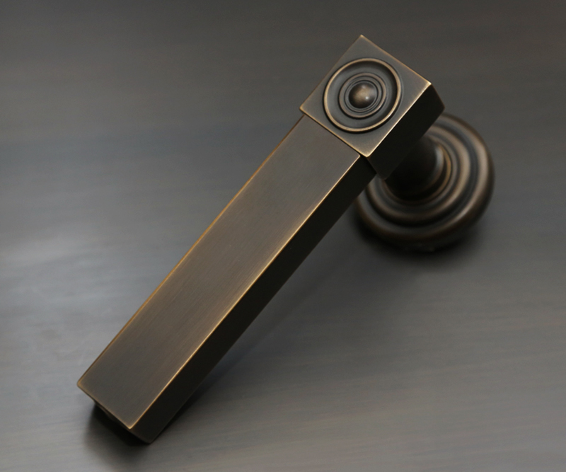 NCC1132 Lever Handle